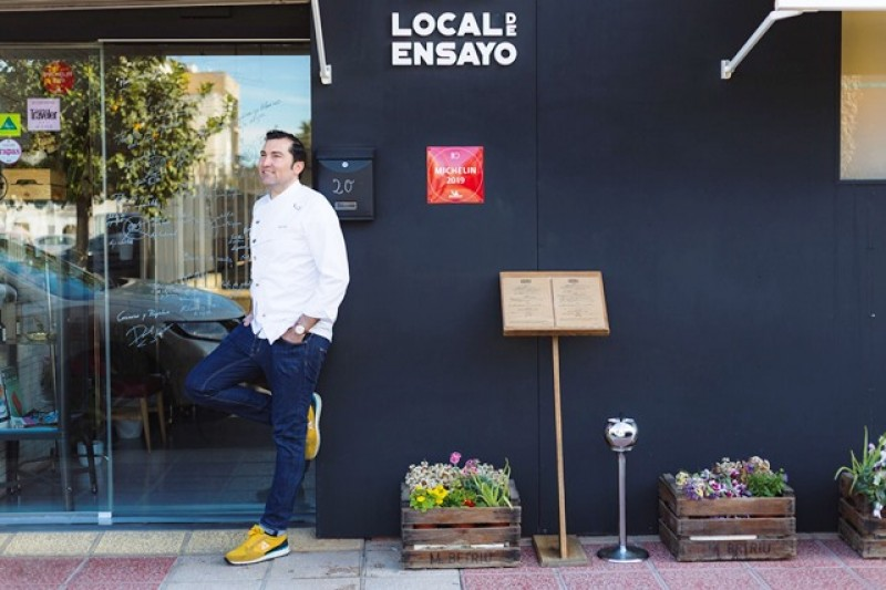 Local de Ensayo Michelin-listed restaurant in the outskirts of Murcia