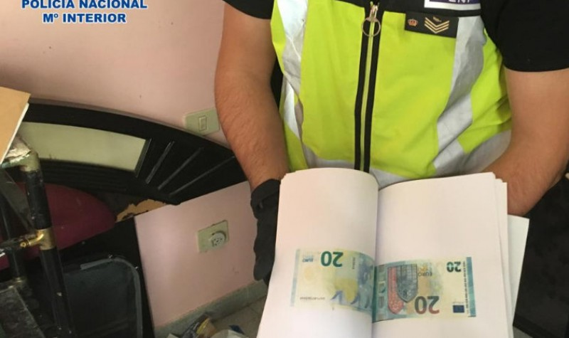 <span style='color:#780948'>ARCHIVED</span> - Four Italians arrested in Tenerife as police bust the most active banknote forgers in Spain