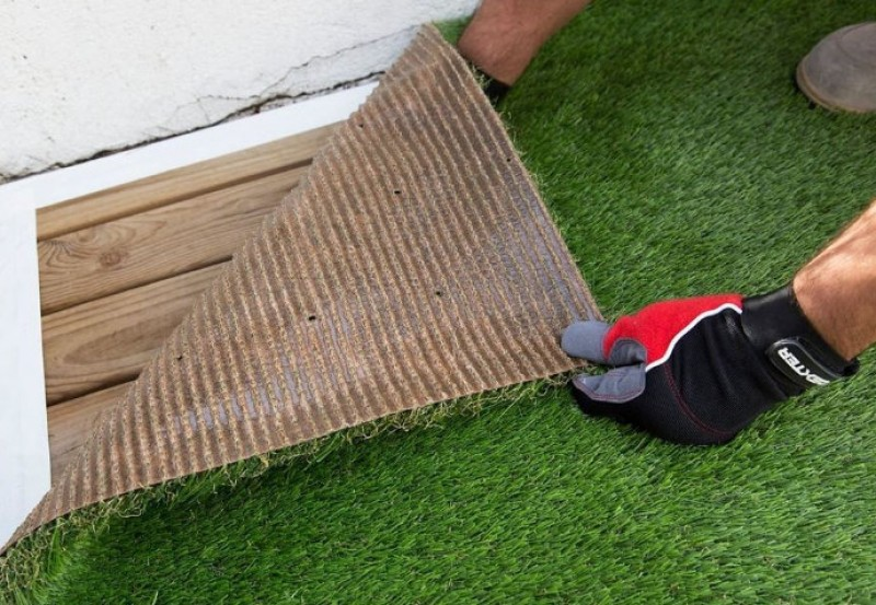<span style='color:#780948'>ARCHIVED</span> - 20th April, free artificial grass installation workshops at Leroy Merlin stores in Murcia and Cartagena