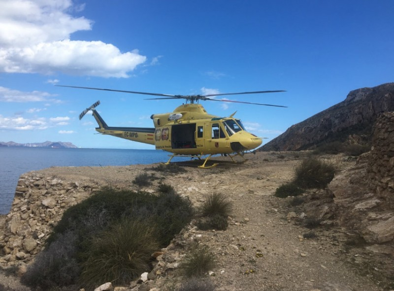 British walker airlifted to safety from isolated cove between Cartagena and La Azohía