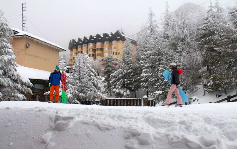 Sierra Nevada ski resort anticipating a busy Easter