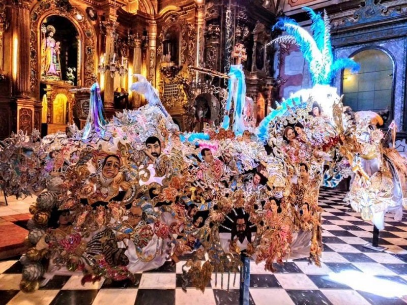 <span style='color:#780948'>ARCHIVED</span> - 13th to 25th May Caravaca de la Cruz: Winning mantels from the Running of the Wine Horses
