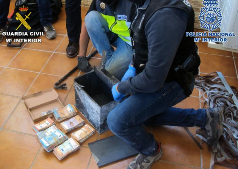 <span style='color:#780948'>ARCHIVED</span> - 7 members of San Javier drugs clan arrested