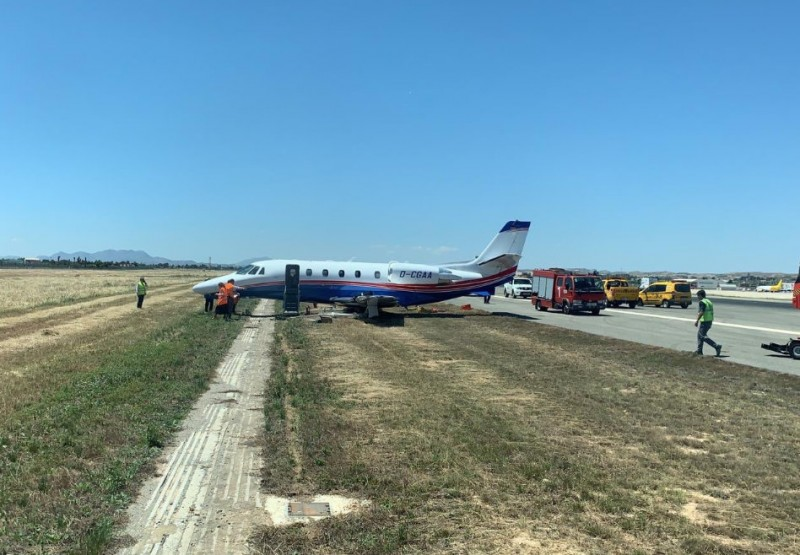 <span style='color:#780948'>ARCHIVED</span> - Minor accident at Alicante airport diverts flights to Corvera!