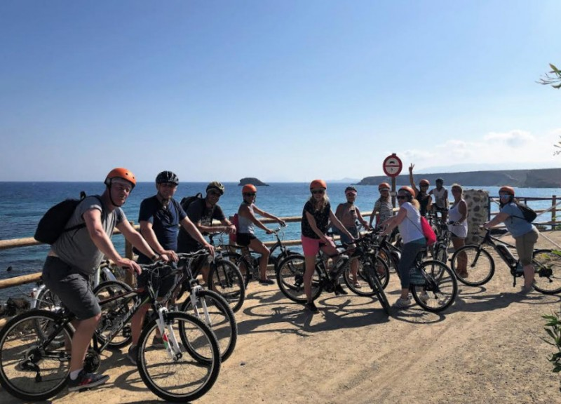 <span style='color:#780948'>ARCHIVED</span> - Costa Cálida tourism authorities promote cycling and active tourism in Scottish dailies