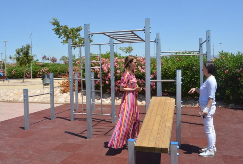 <span style='color:#780948'>ARCHIVED</span> - Águilas opens calisthenics exercise area in Parque de La Loma