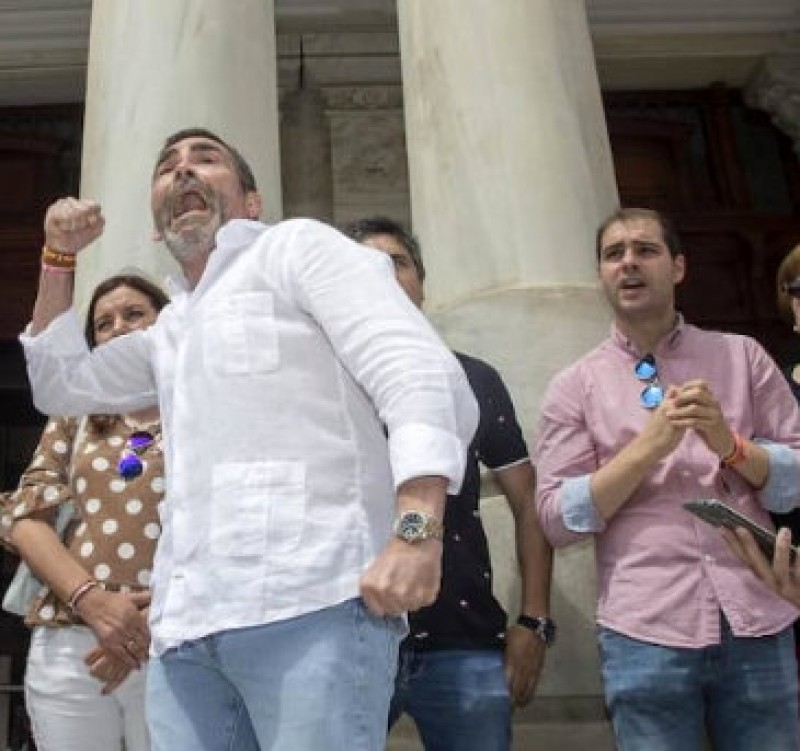 Controversy is served in Cartagena as former Mayor rants against opponents