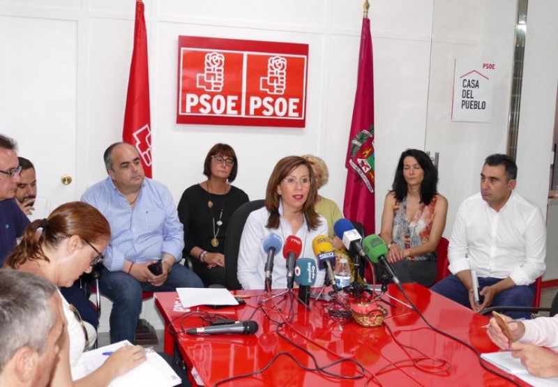 <span style='color:#780948'>ARCHIVED</span> - Controversial Cartagena Town Hall coalition goes ahead as the PSOE pours oil on troubled waters