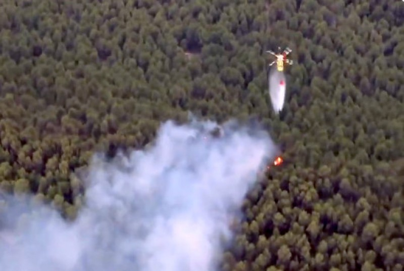 Lightning blamed for wildfire in the mountains of Moratalla