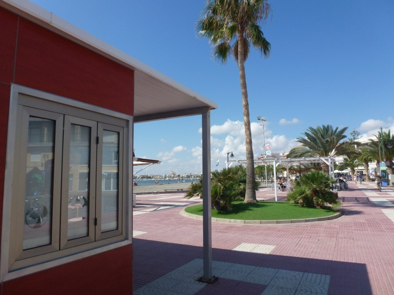 Additional tourist information point in San Pedro del Pinatar during summer months