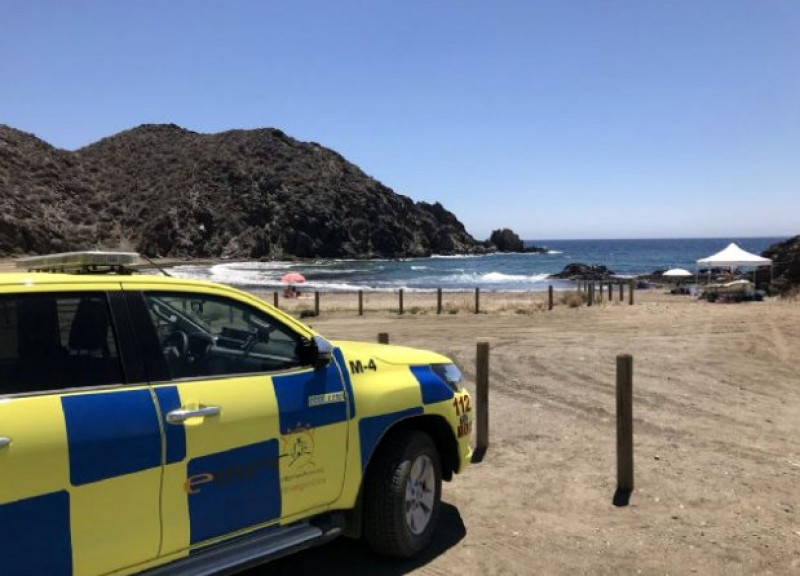 Lifeguard and rescue services in operation at the beaches of Lorca