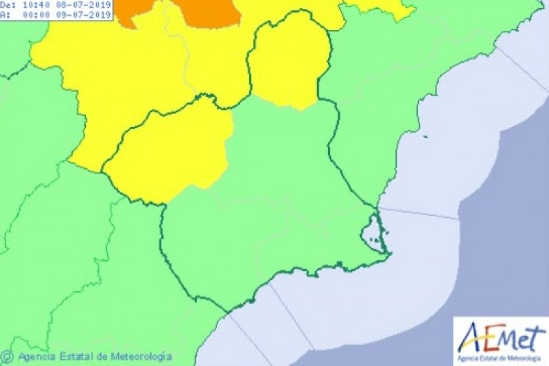 <span style='color:#780948'>ARCHIVED</span> - Storm warnings for Monday in the Murcia Region following a hot and sticky weekend