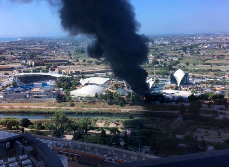 Fire brought under control at the Oceanogràfic in Valencia