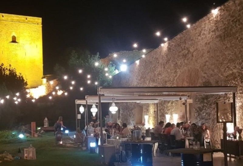 Saturday evenings in July; evening meal and music inside Lorca castle