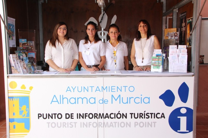 <span style='color:#780948'>ARCHIVED</span> - Tourist information office in Condado de Alhama summer 2019