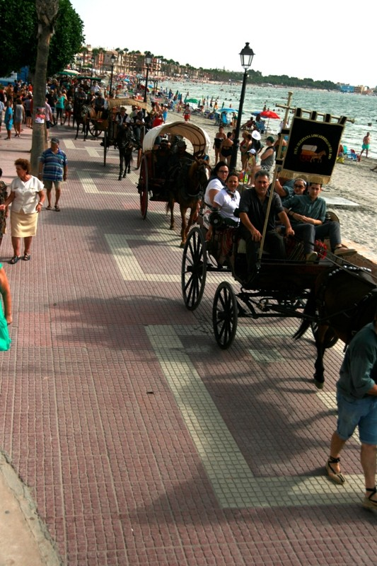 <span style='color:#780948'>ARCHIVED</span> - Saturday 10th August Arrival of the horses and carriages from Murcia city
