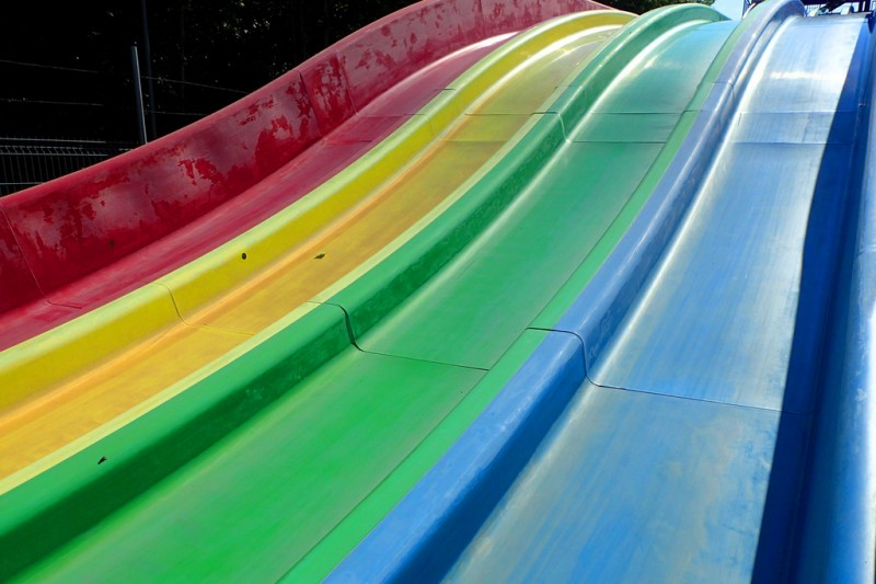 <span style='color:#780948'>ARCHIVED</span> - 10th to 14th August giant toboggan on the Playa del Espejo in Los Alcázares