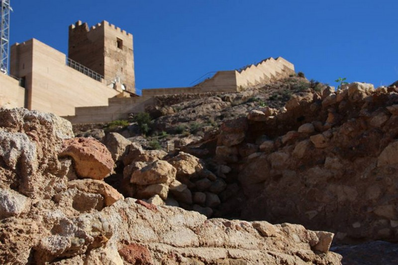 <span style='color:#780948'>ARCHIVED</span> - Saturday 16th November ENGLISH language castle tour in Alhama de Murcia