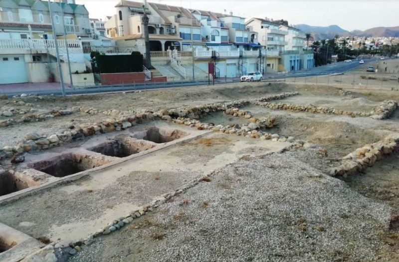 <span style='color:#780948'>ARCHIVED</span> - Mazarrón Town Hall cleans up 2,000-year-old Roman villa remains in El Alamillo