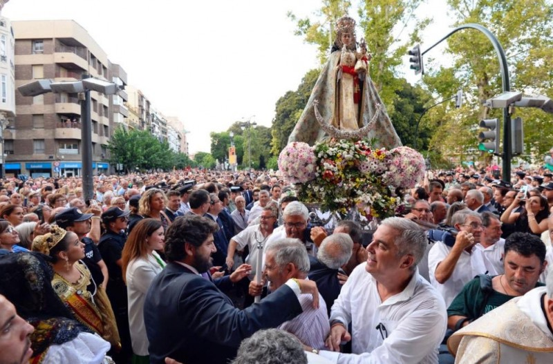 <span style='color:#780948'>ARCHIVED</span> - The arrival of the Virgen de la Fuensanta marks the start of the annual September Feria in Murcia