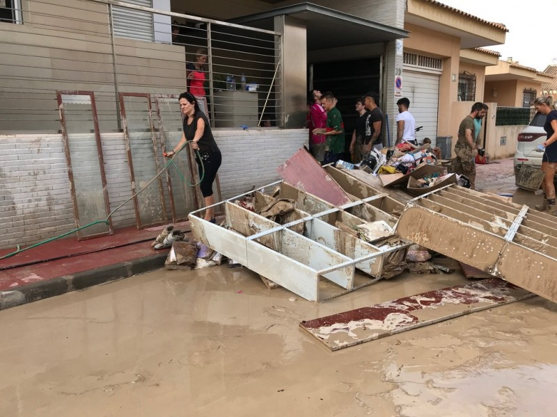Torre Pacheco volunteers out in force in Torre Pacheco; more needed