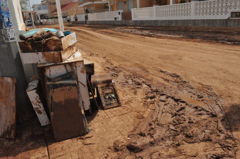 <span style='color:#780948'>ARCHIVED</span> - Los Nietos seafront in crisis following Gota Fría