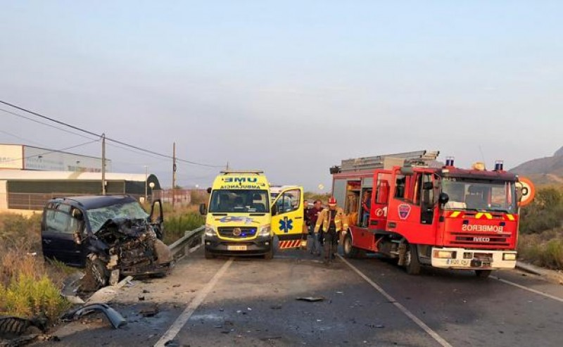 <span style='color:#780948'>ARCHIVED</span> - Two injured in head-on collision in Mazarrón
