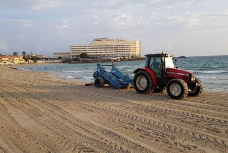 <span style='color:#780948'>ARCHIVED</span> - Various Cartagena beaches restored to full splendour after the gota fría storm