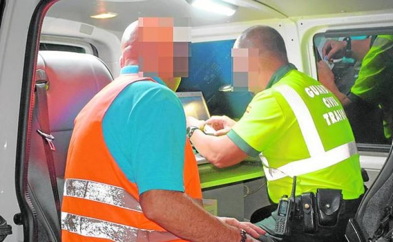 <span style='color:#780948'>ARCHIVED</span> - Tropical fruit lorry driver arrested in Cieza 5 times over the alcohol limit