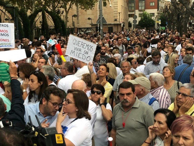 <span style='color:#780948'>ARCHIVED</span> - Thousands demand action to save the Mar Menor at Murcia march