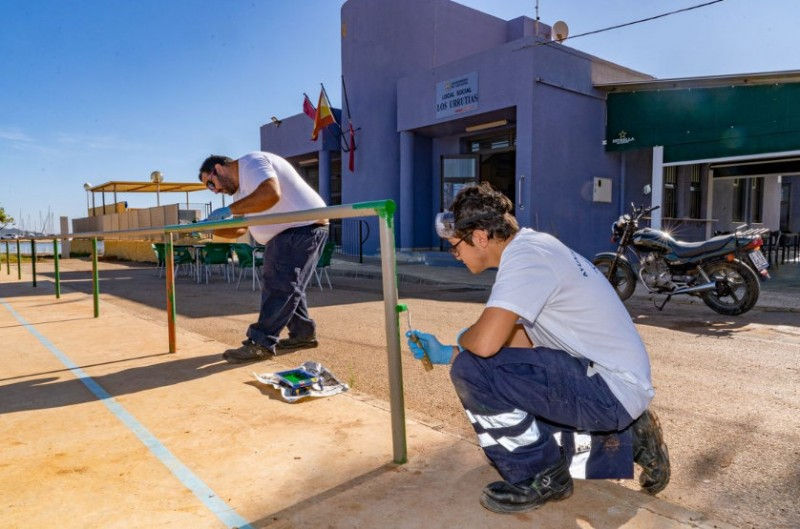 <span style='color:#780948'>ARCHIVED</span> - Gota fría repairs being carried out in jobless training scheme in Los Urrutias and Los Nietos