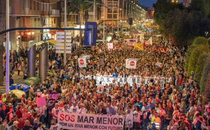 <span style='color:#780948'>ARCHIVED</span> - 55,000 march in Cartagena to demand solutions for the Mar Menor