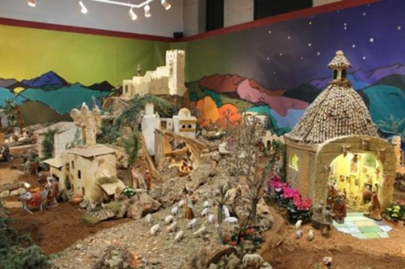 <span style='color:#780948'>ARCHIVED</span> - 22nd December to 7th January Alhama de Murcia municipal nativity scene