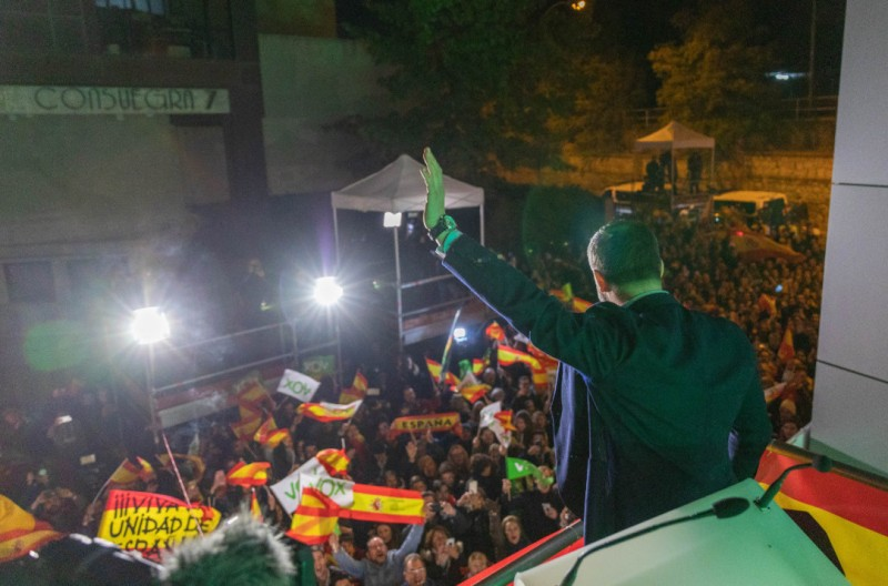 <span style='color:#780948'>ARCHIVED</span> - Another hung parliament in Spain as far-right wingers make strong gains