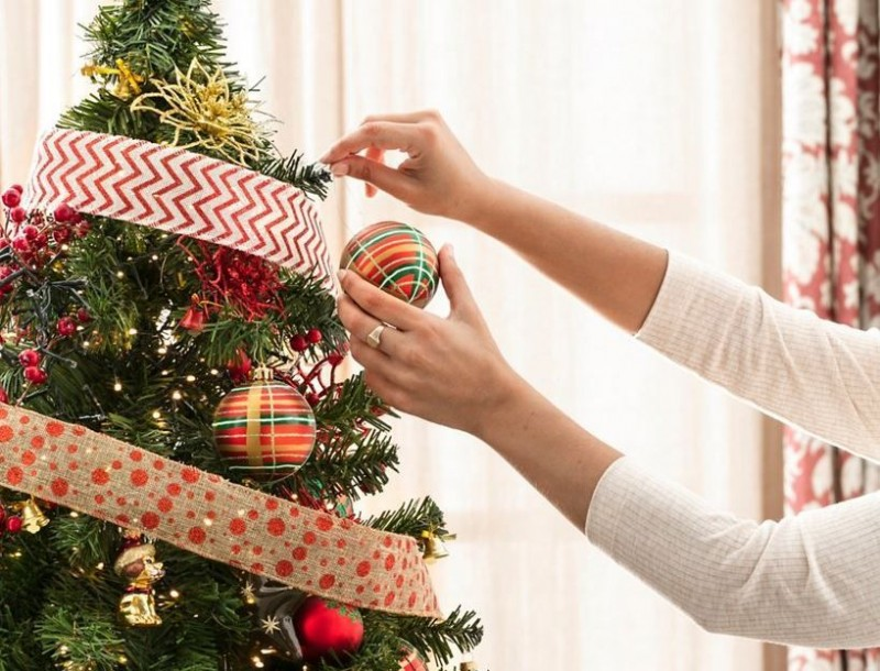 <span style='color:#780948'>ARCHIVED</span> - 30th November, Christmas tree decoration workshops at Leroy Merlin stores in Murcia and Cartagena