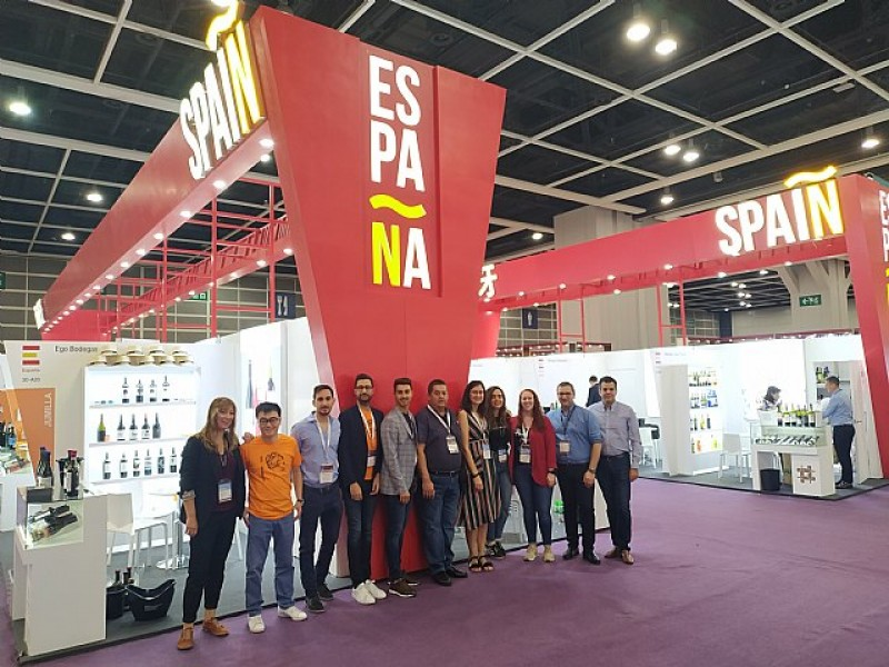 <span style='color:#780948'>ARCHIVED</span> - Jumilla wineries on month-long tour to consolidate exports to China and the Far East
