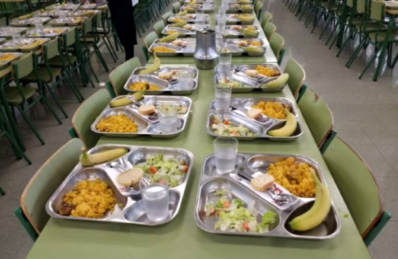 <span style='color:#780948'>ARCHIVED</span> - Thousands of single-use plastic cups eliminated from Murcia school lunches every day