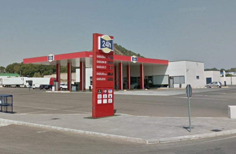 <span style='color:#780948'>ARCHIVED</span> - Petrol station strikes threatened across Spain on 5th and 9th December