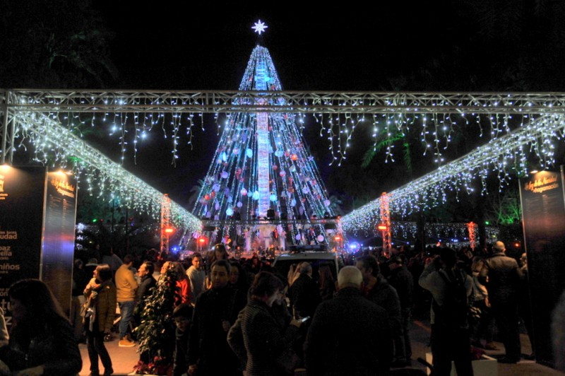 <span style='color:#780948'>ARCHIVED</span> - 5th and 7th December Christmas lights switch on in Murcia City