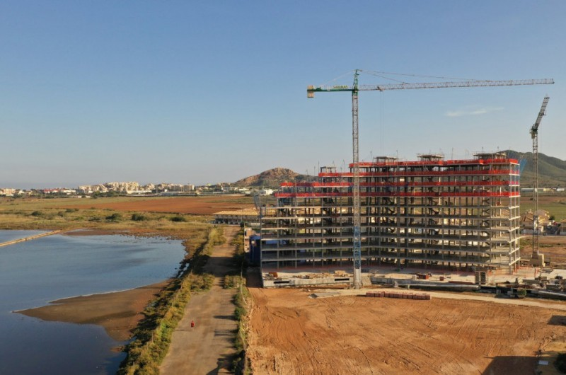 <span style='color:#780948'>ARCHIVED</span> - Architects recommend putting the brakes on the construction of 2,000 homes around the Mar Menor