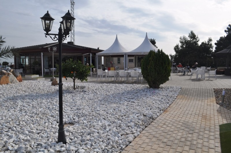Golf Delux is Continental Europe´s biggest artificial grass adventure golf course Los Alcazares.