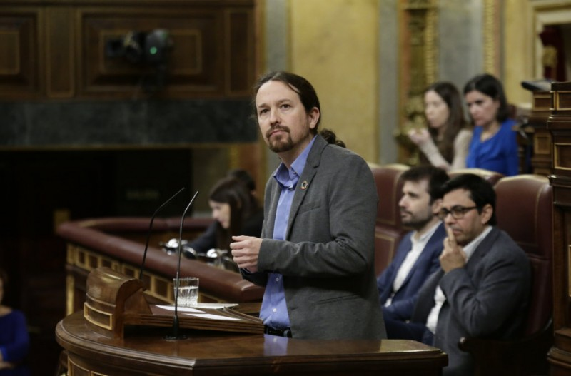 <span style='color:#780948'>ARCHIVED</span> - Spain at last has its first coalition government since 1939