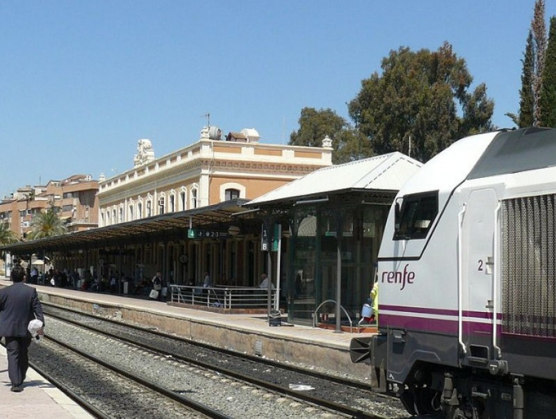 Trouble on the tracks as coaches replace trains between Murcia and Cartagena