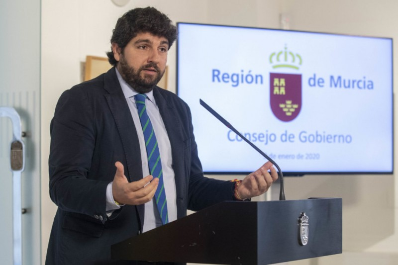 <span style='color:#780948'>ARCHIVED</span> - Murcia president identifies the Mar Menor as the top priority for 2020