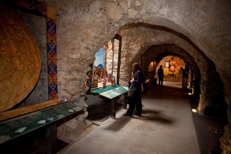 <span style='color:#780948'>ARCHIVED</span> - Every Thursday ENGLISH language tour package in Lorca castle
