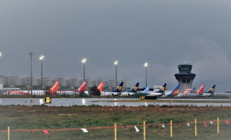 <span style='color:#780948'>ARCHIVED</span> - Alicante-Elche airport reopening progressively on Tuesday