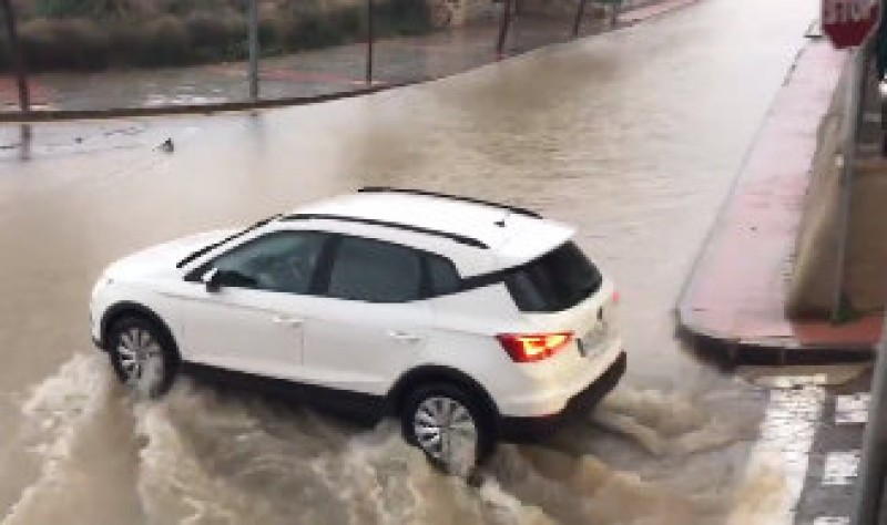 <span style='color:#780948'>ARCHIVED</span> - 11:50 update: Road closures reach Sucina and Hacienda Riquelme as flooding continues in Murcia