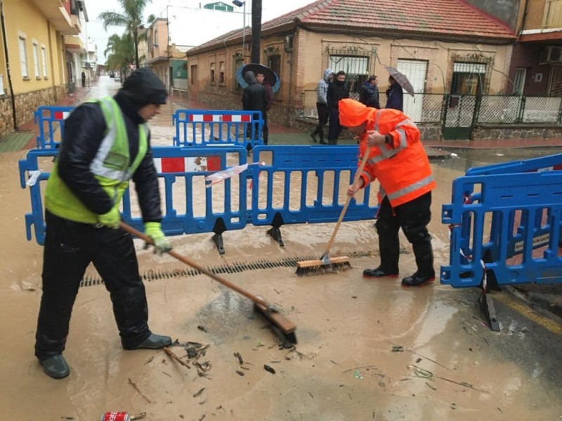 <span style='color:#780948'>ARCHIVED</span> - Los Alcázares activates level 1 emergencies plan as streets are flooded once again
