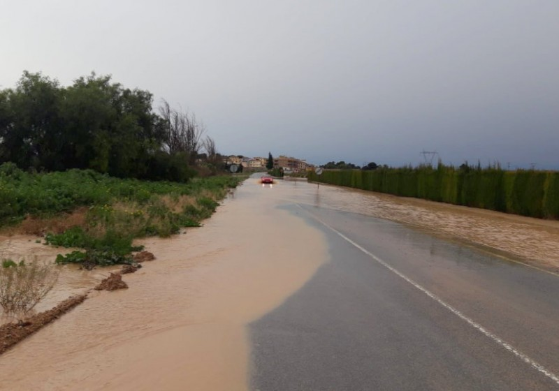 <span style='color:#780948'>ARCHIVED</span> - 8 roads still closed by flooding in the Campo de Cartagena