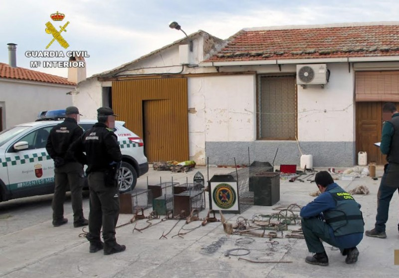 <span style='color:#780948'>ARCHIVED</span> - Five charged with setting illegal animal traps in the mountains of central and northern Murcia